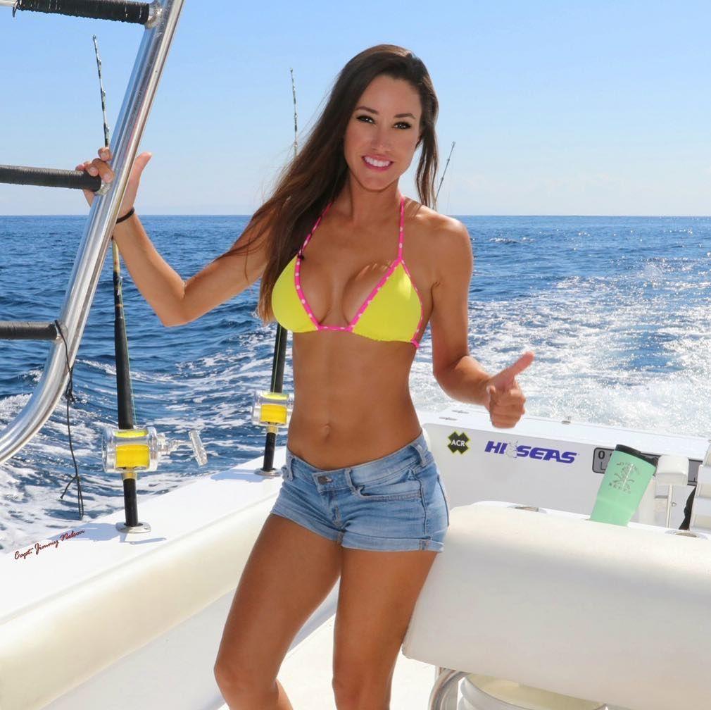 Bikini Fishing Videos photo 28