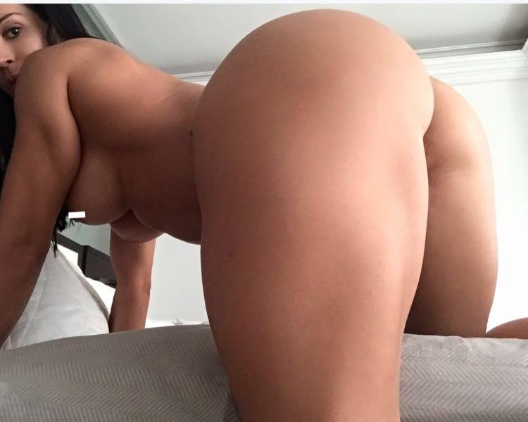 Ana Cozar Topless photo 11