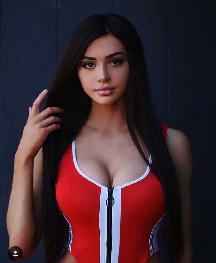 Kristen Hancher Sexy photo 25