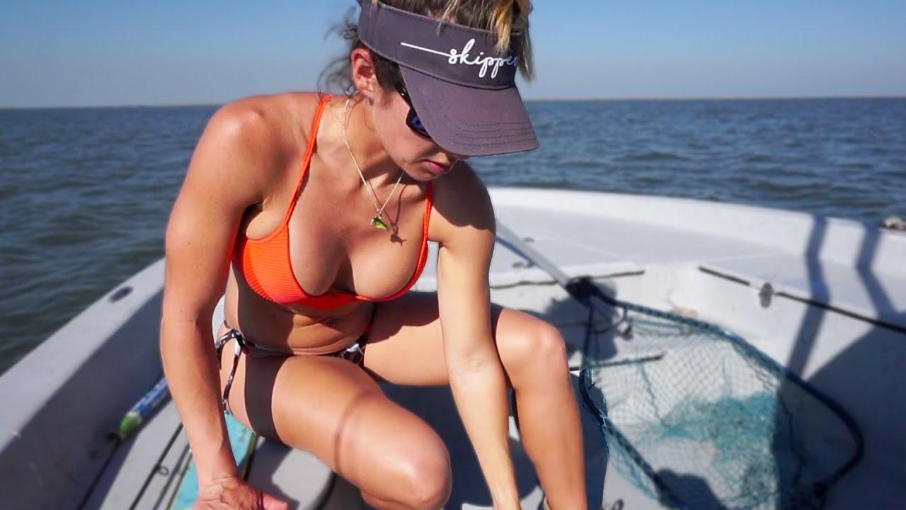 Bikini Fishing Videos photo 4