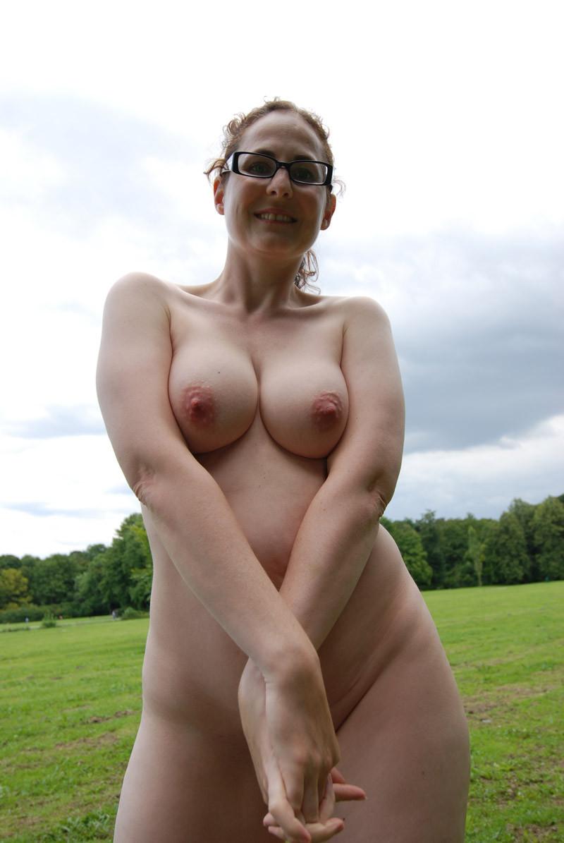 Nude Sexy Mom photo 30