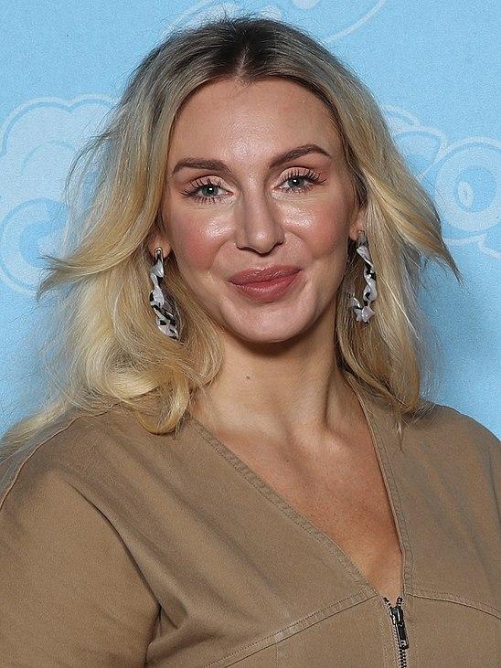 Queen Rae Lynch photo 1