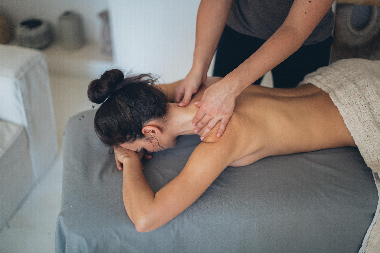 Topless Massage photo 27