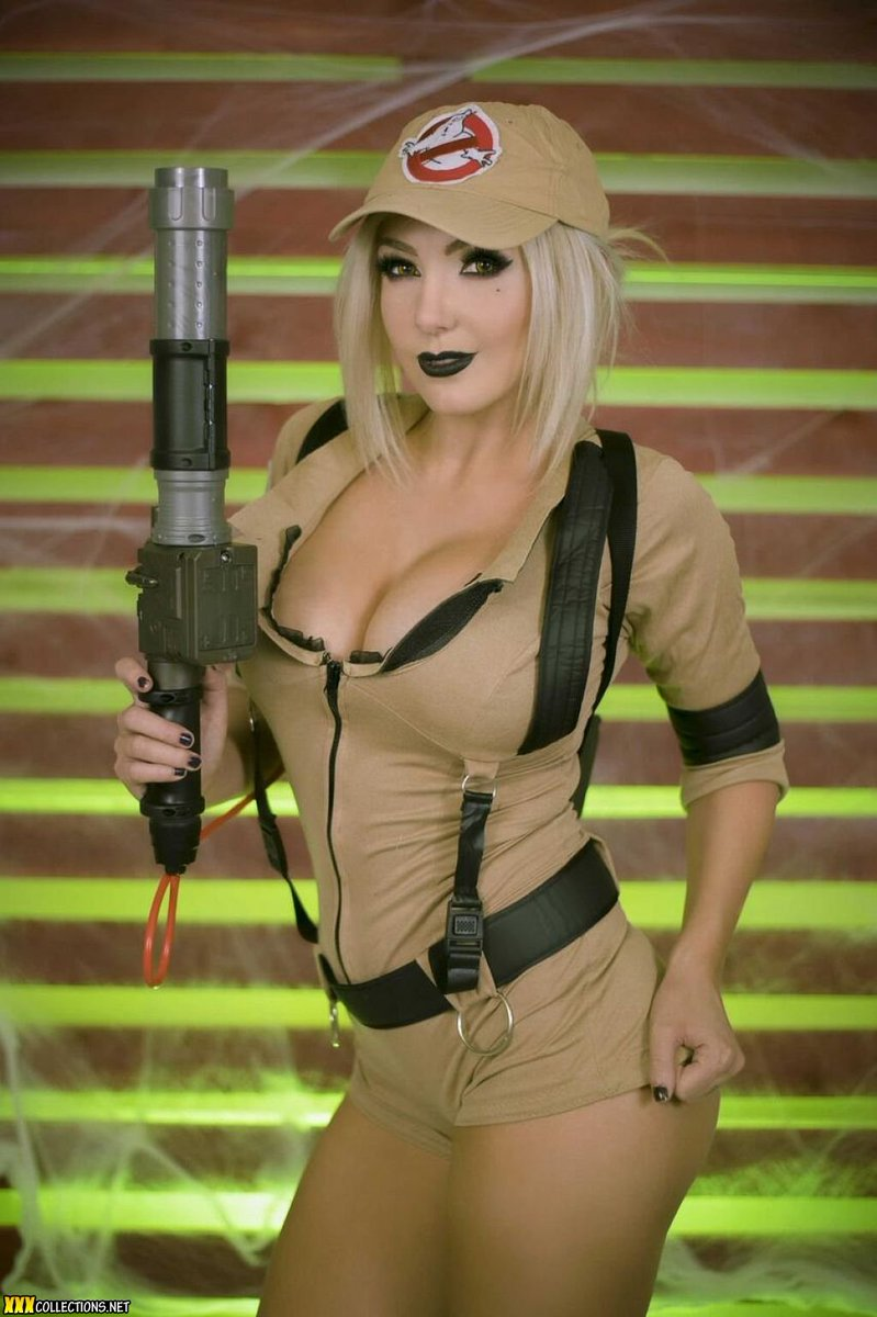 Jessica Nigri Ghost Busters photo 14
