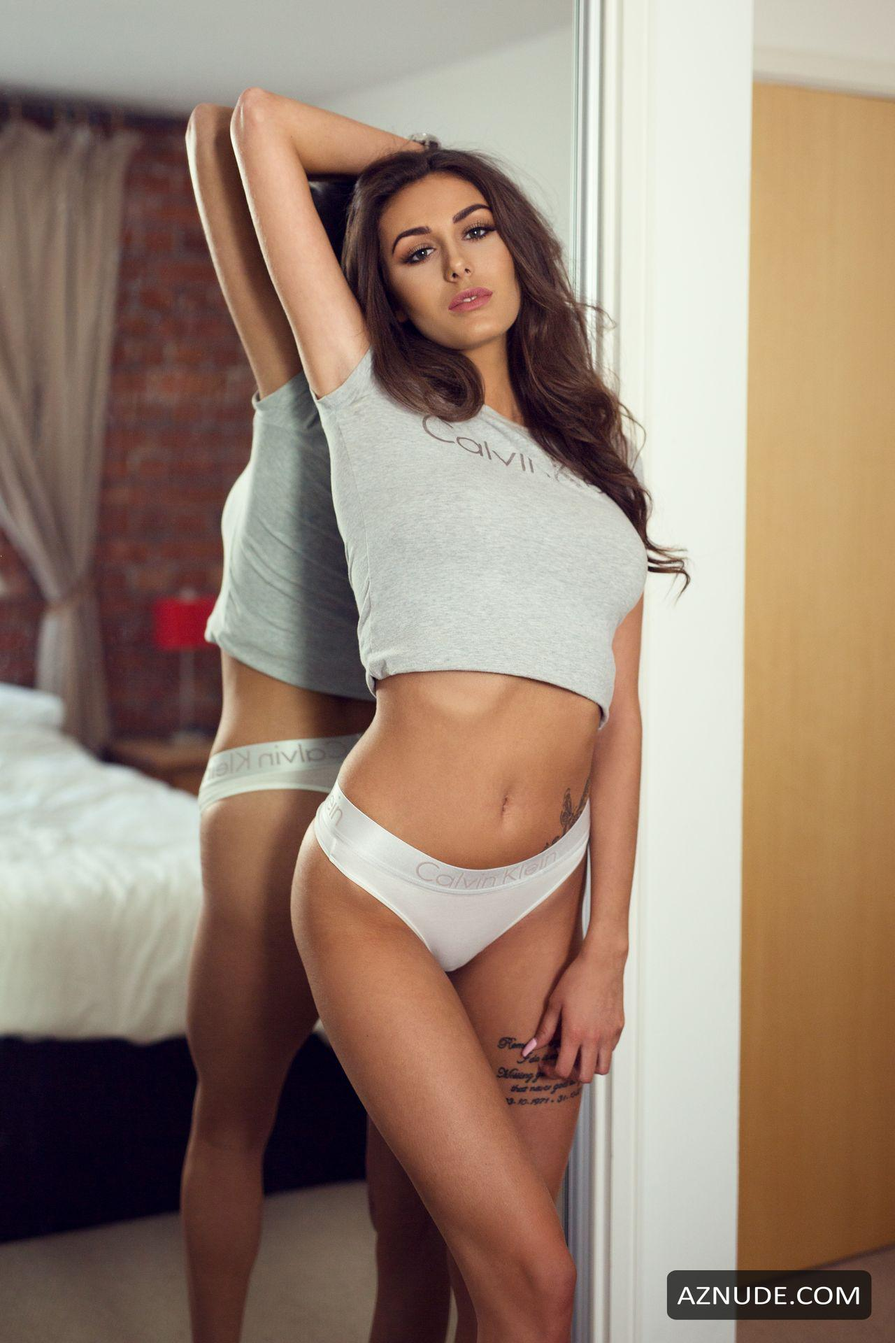 Chloe Veitch Nude photo 2