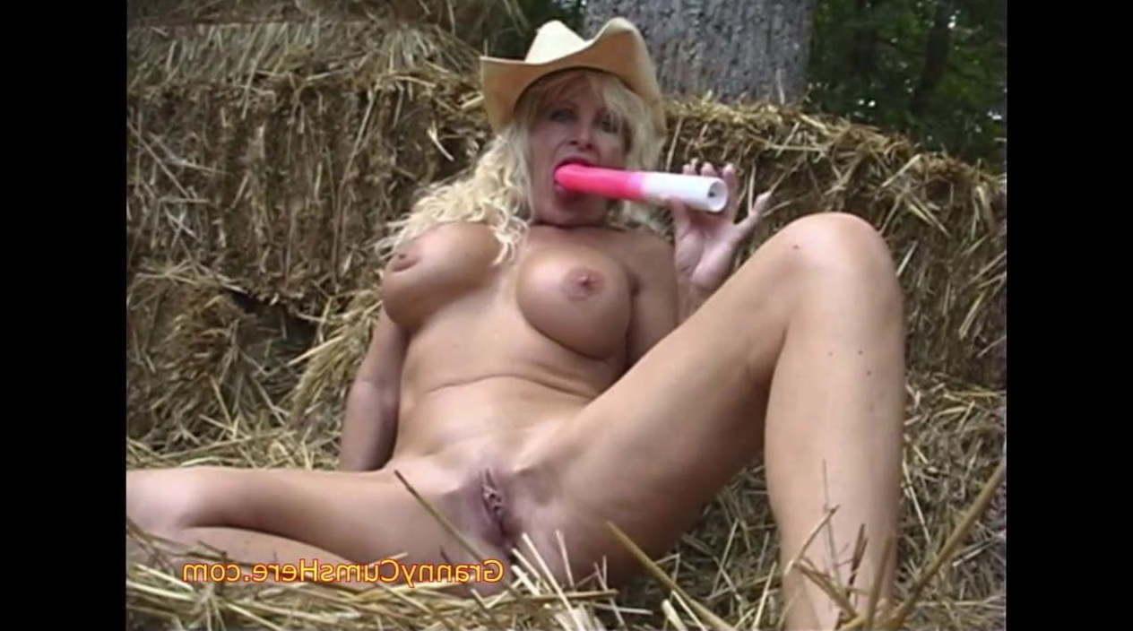 Farm Girl Uncensored photo 2