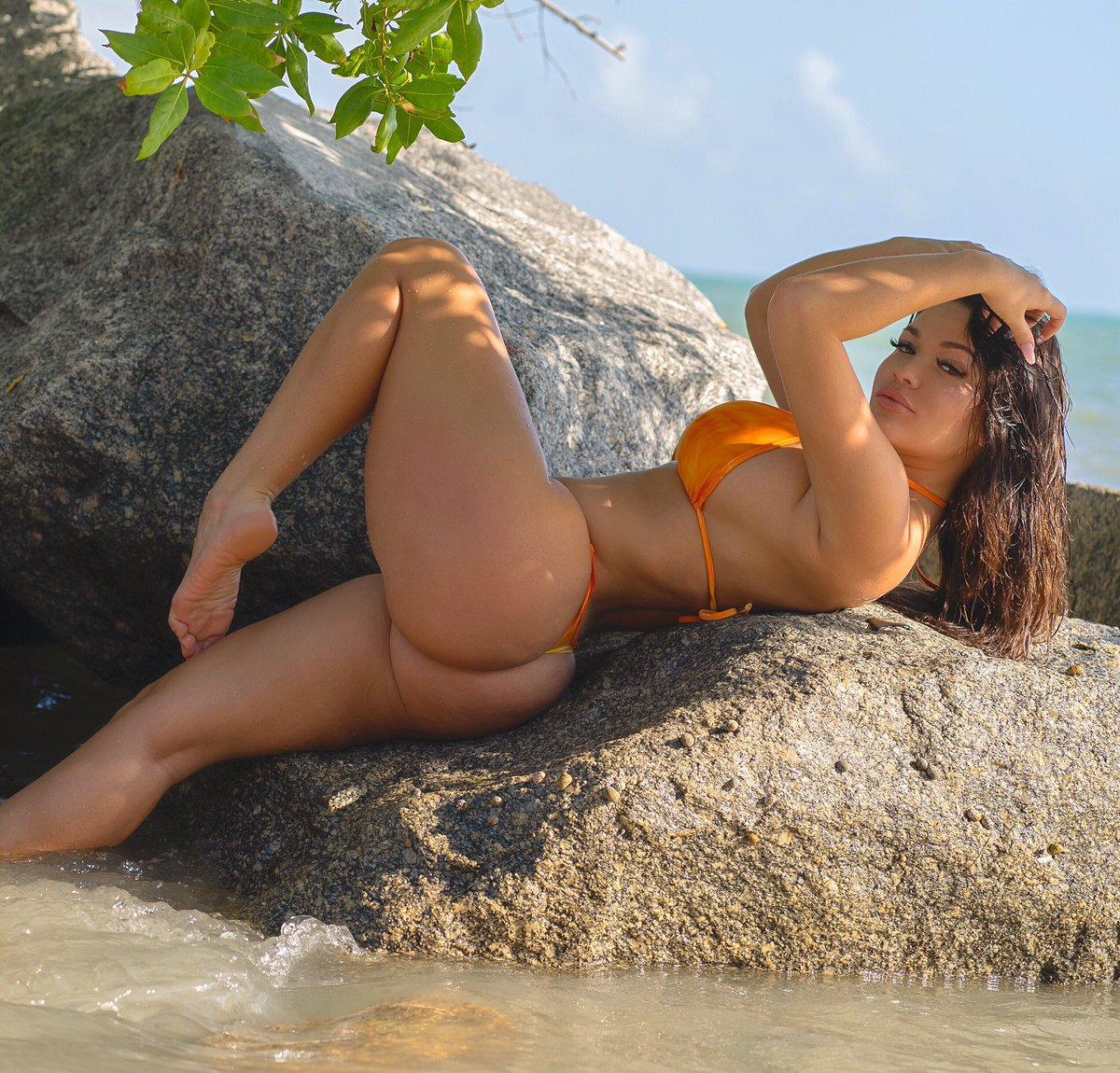 Genesis Mia Lopez Sex photo 4