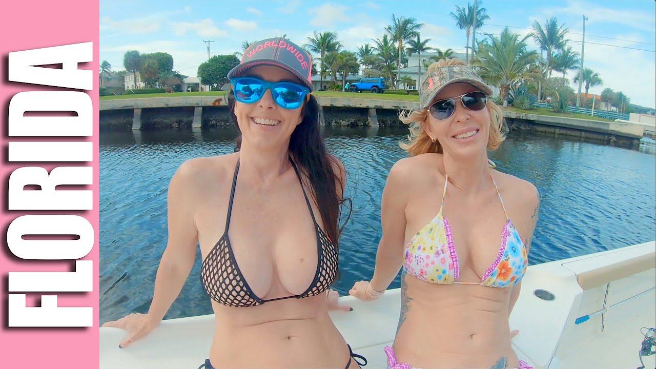 Bikini Fishing Videos photo 6