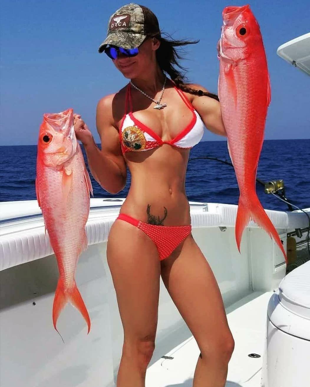 Bikini Fishing Videos photo 22