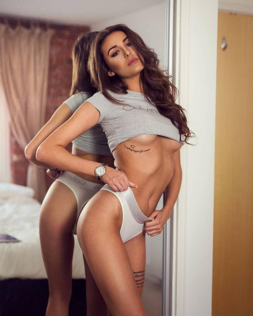 Chloe Veitch Nude photo 23