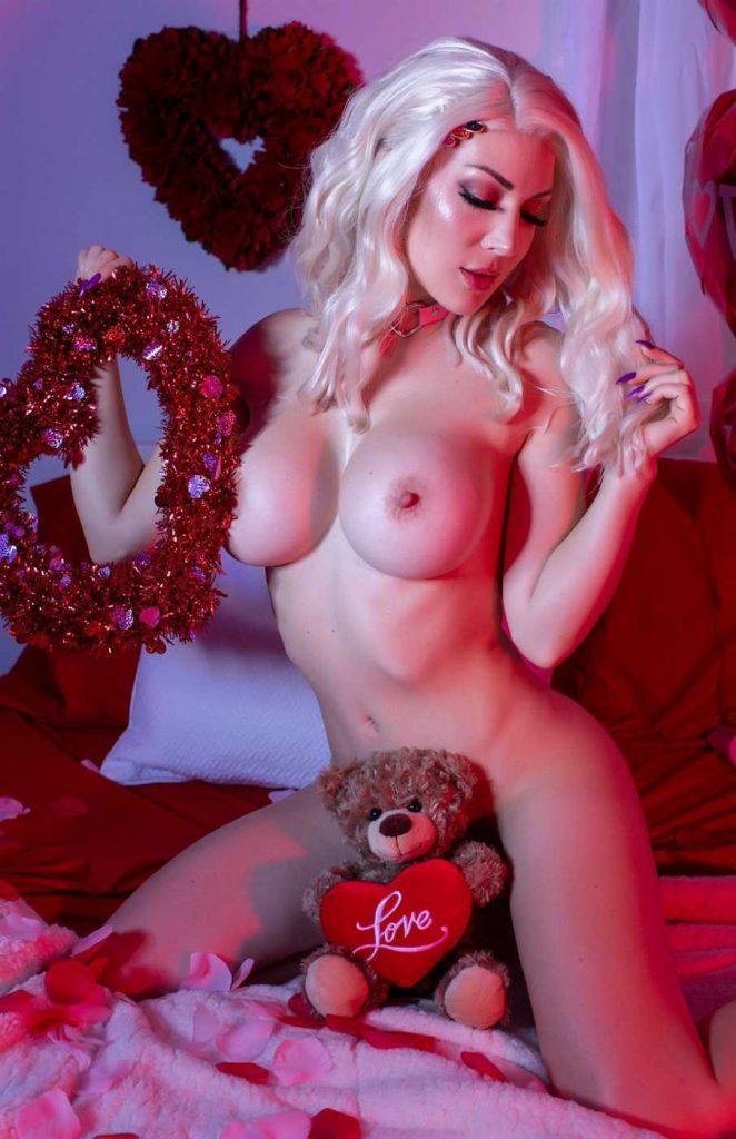Kristen Hughey Tits photo 28