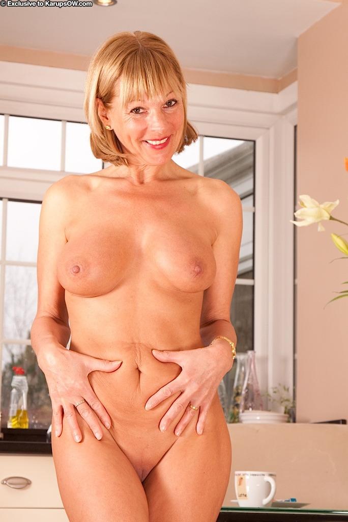Elaine Naked photo 20
