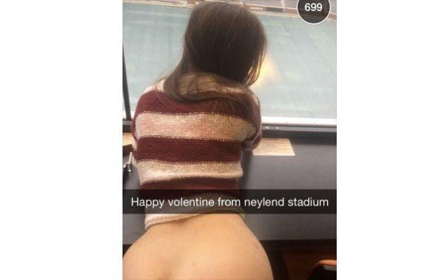 Snapchat Public Sex photo 9