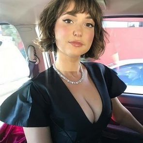 Milana Vayntrub Leaked photo 1