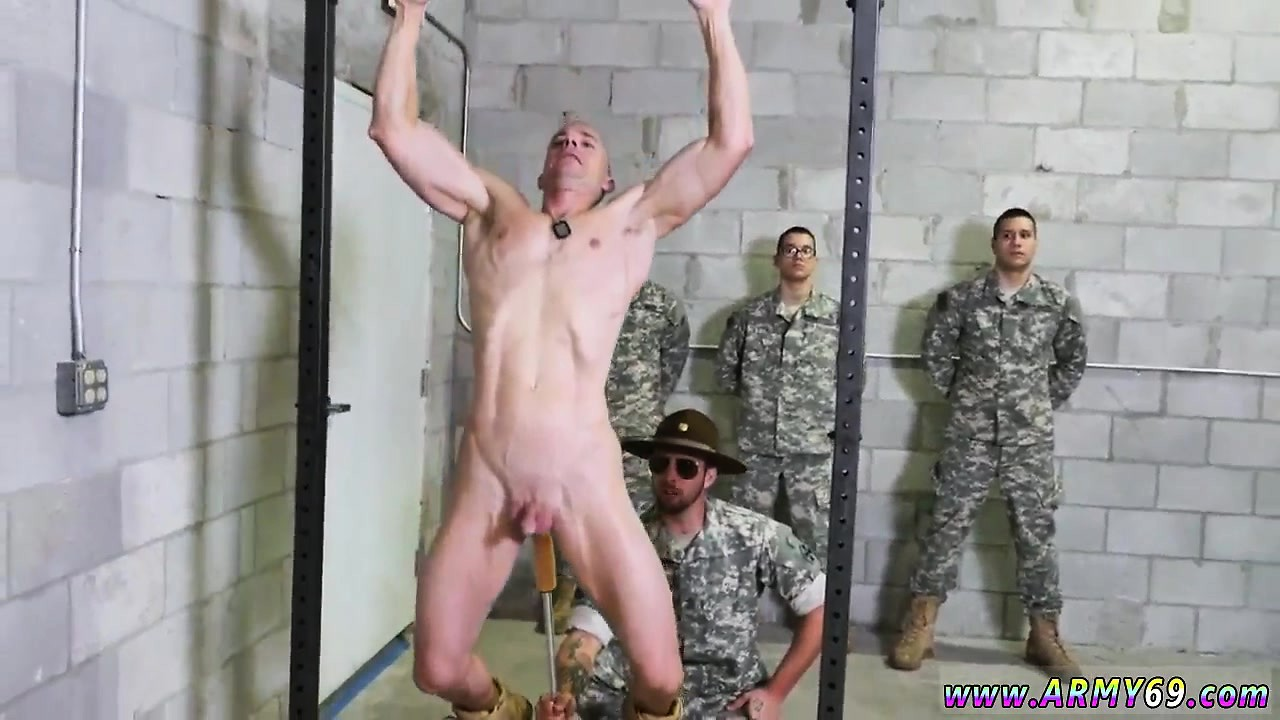 Naked Military Pictures photo 6