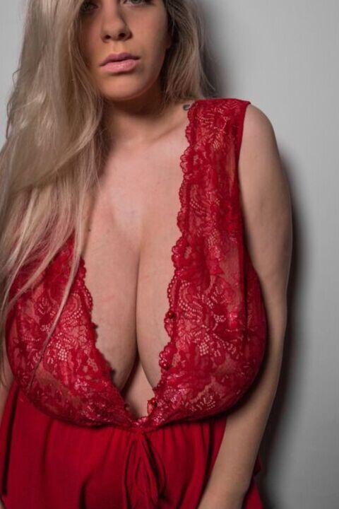 Tamara Dido Tits photo 2